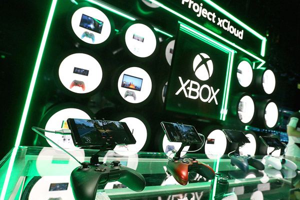Rồi chúng ta sẽ chơi game theo kiểu Sony hay Microsoft?