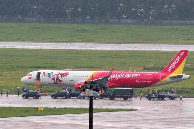 Vì sao sự cố tại Tân Sơn Nhất gây thiệt hại nặng cho ngành hàng không?