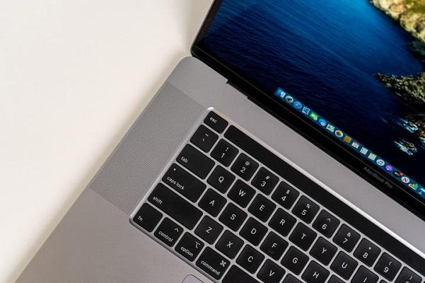 Ấn tượng với hiệu năng của GPU AMD 5600M mới có trên MacBook Pro 16 inch
