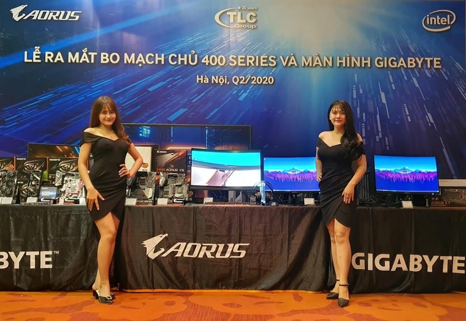Gigabyte trình làng loạt màn gaming và bo mạch chủ 400 series ở Việt Nam