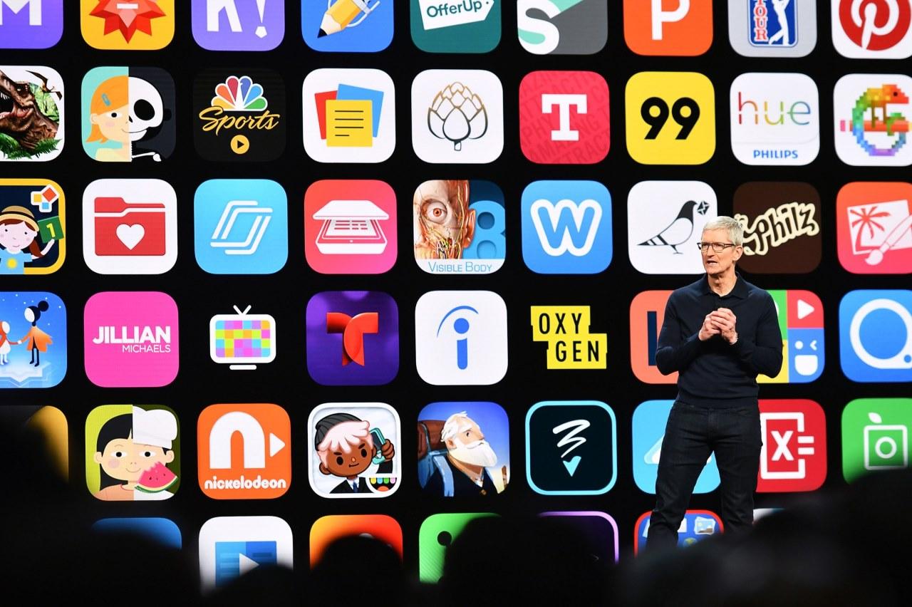 """App Store đạt 519 tỷ USD doanh thu năm 2019 và cách Apple """"lách"""" luật chống độc quyền"""