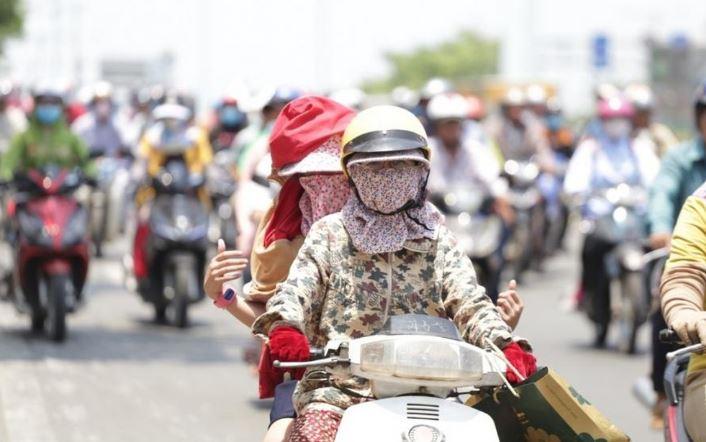 Hà Nội nắng 39 độ C, miền Bắc nóng gay gắt đến 24/6