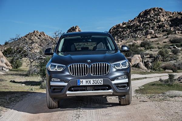 BMW Series 5 bắt tay BMW X3 giảm giá kèm quà tặng