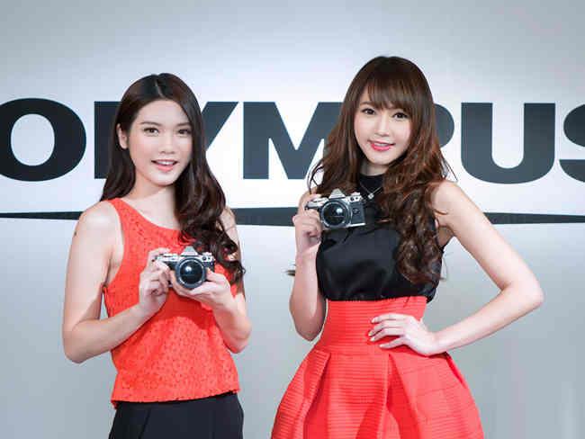 Smartphone đã 'giết chết' máy ảnh Olympus