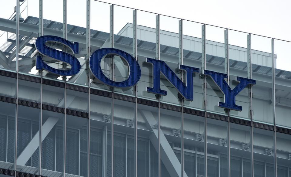 Sony sẽ bán cảm biến dưới dạng dịch vụ thuê bao giống PlayStation Plus