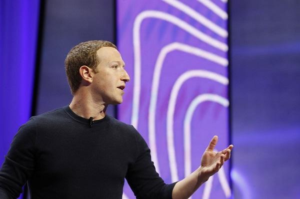"""Nhiều hãng rút quảng cáo, tài sản CEO Facebook """"bốc hơi"""" hơn 7 tỷ USD"""