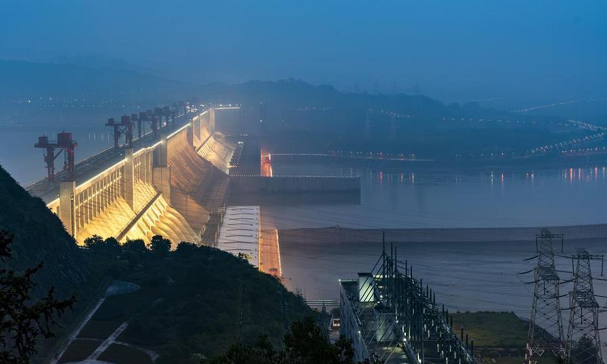 Đập Tam Hiệp Trung Quốc: 13 sự thật về con đập khổng lồ gây tranh cãi đã làm chậm quá trình quay của trái đất