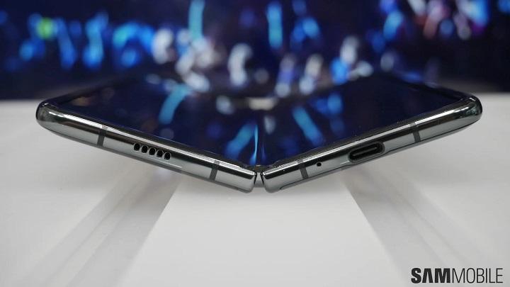 Samsung Galaxy Fold Lite có thể sẽ được ra mắt vào năm sau với giá chỉ 900 USD