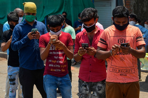 Khi ứng dụng smartphone thành vũ khí chính trị