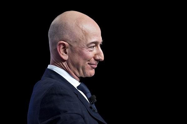 Tài sản CEO Amazon tăng vọt, nhiều hơn cả khi chưa ly hôn