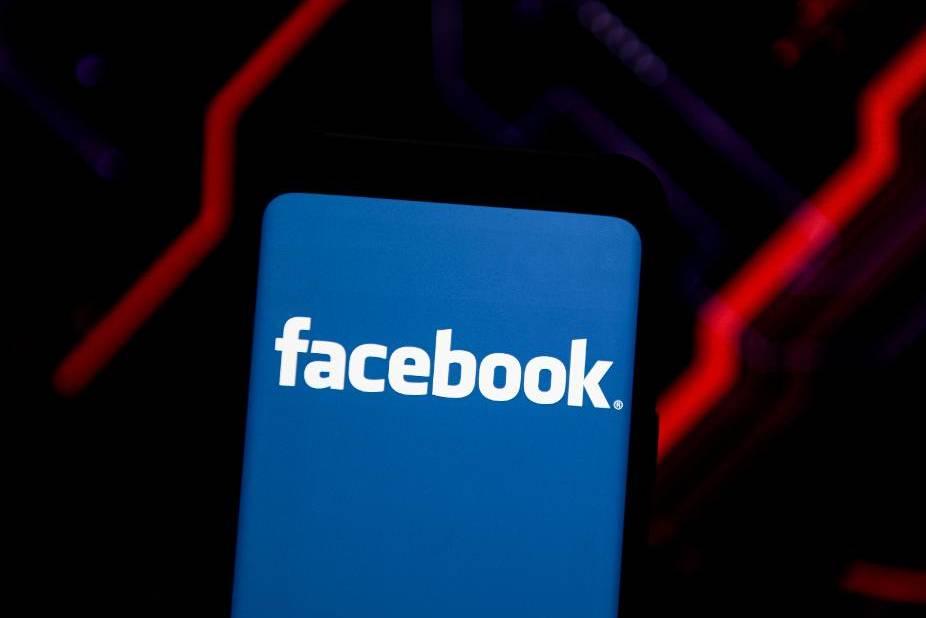 """Bị hàng trăm hãng """"có máu mặt"""" tẩy chay, Facebook chưa chắc đã sợ"""