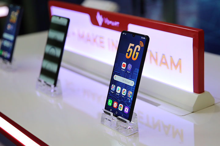 VinSmart giới thiệu smartphone 5G đầu tiên: Vsmart Aris 5G, bảo mật bằng lượng tử