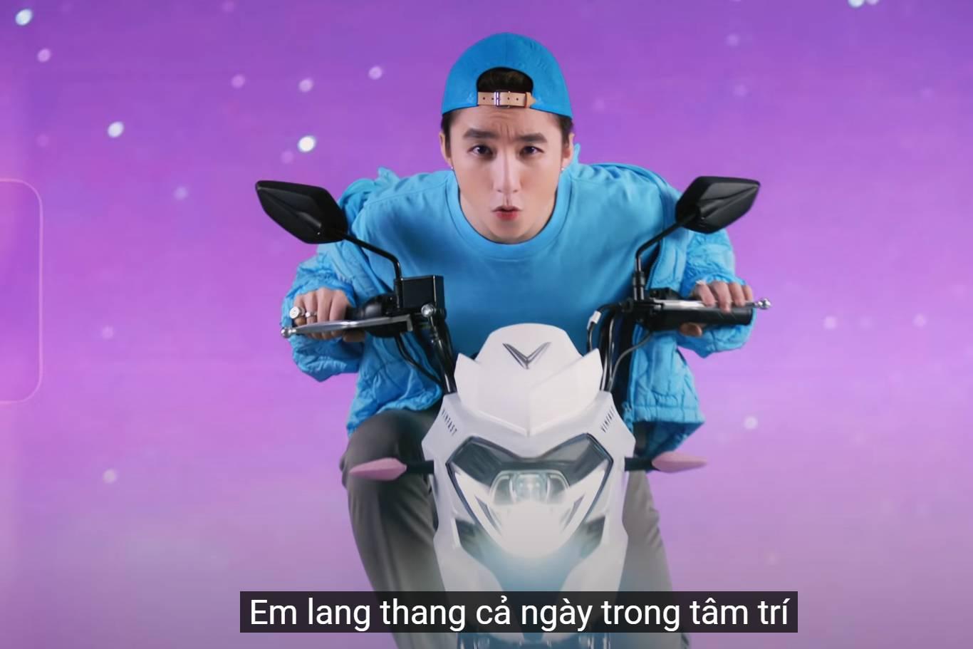 'Có chắc yêu là đây': Sơn Tùng M-TP làm MV nghiêm túc hay chỉ để quảng cáo xe điện?