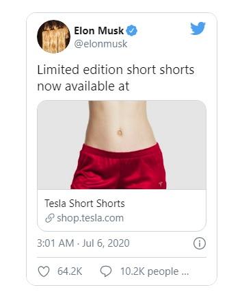 """Tỷ phú ô tô điện Tesla bất ngờ bán cặp quần đùi với giá gần 1,6 triệu đồng, lập tức """"cháy hàng"""""""