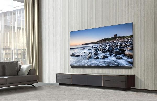 """TCL C815, """"smart tv được đề xuất nhiều nhất"""" cho người dùng muốn nâng tầm công nghệ"""