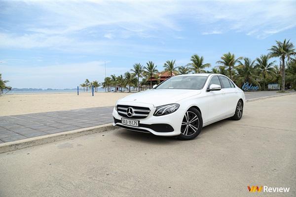 """Trải nghiệm Mercedes-Benz E180: Rẻ nhưng không mất """"chất"""""""
