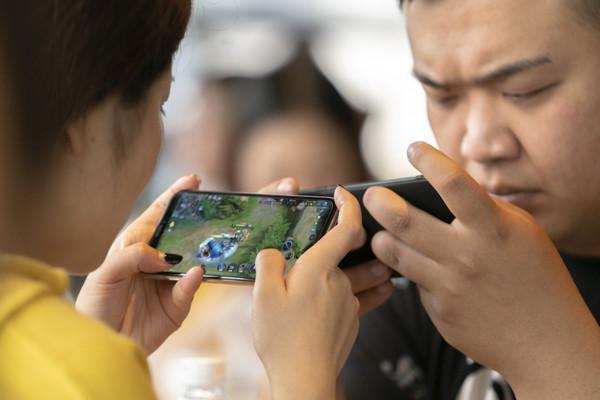 """Các nhà phát triển game trên iOS tranh nhau """"suất"""" gia nhập thị trường Trung Quốc"""
