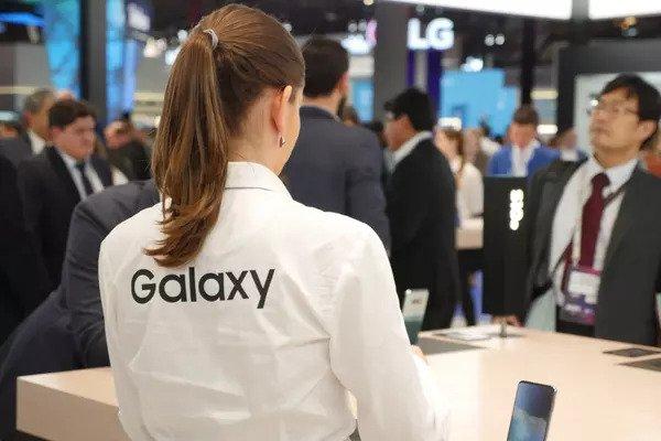 Kết quả kinh doanh quý II của Samsung đảo chiều ngoạn mục nhờ vào khoản nộp phạt của Apple