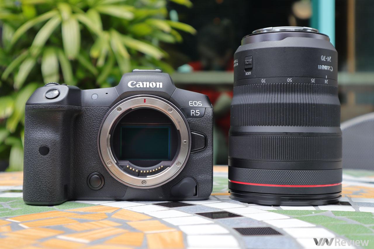 """Trên tay EOS R5 và R6 vừa ra mắt tại Việt Nam: """"ván bài tất tay"""" của Canon trong cuộc chiến mirrorless"""