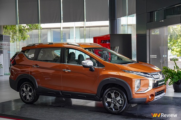 Mitsubishi ra mắt Xpander Cross kiểu dáng góc cạnh hơn, chốt giá 670 triệu đồng