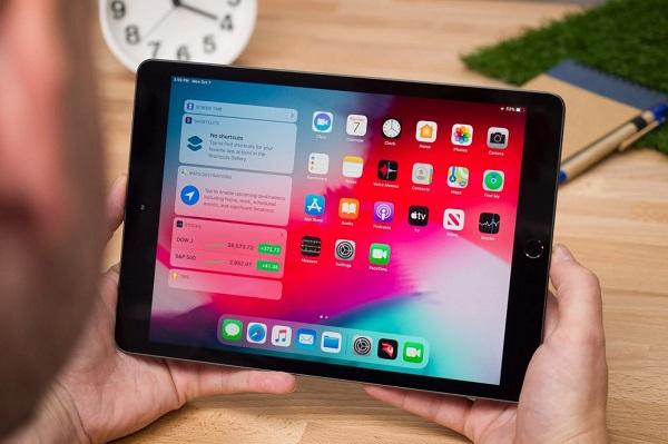 Những lý do bạn nên mua iPad tầm thấp thay vì laptop giá rẻ hay tablet Android