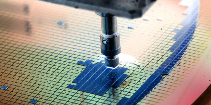 Việc ra mắt Qualcomm Snapdragon 875G có thể bị ảnh hưởng do Samsung đang cố cải thiện EUV 5nm