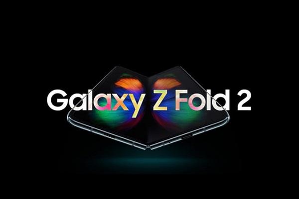 Samsung Galaxy Z Fold 2 có màn hình ngoài lớn hơn nhiều so với Galaxy Fold