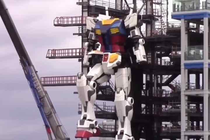 Kỹ sư Nhật Bản miệt mài hoàn thiện mô hình Gundam siêu to khổng lồ giữa đại dịch COVID-19