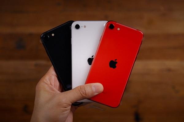 Canalys: Apple là công ty duy nhất chứng kiến doanh số smartphone tăng trưởng trong Q2/2020