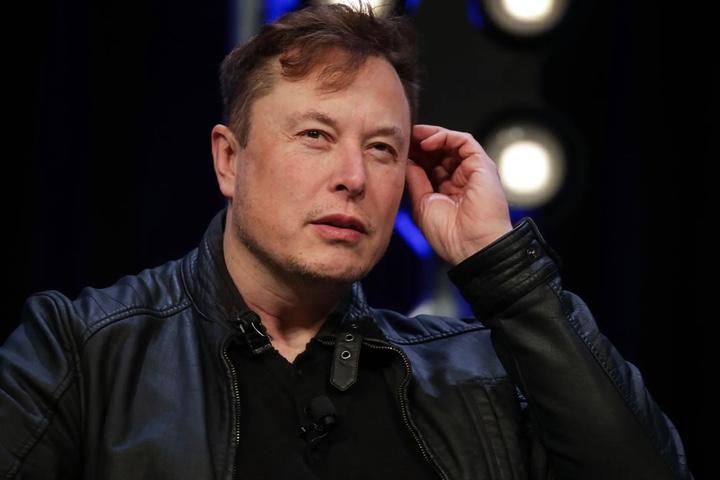 Tuyên bố kim tự tháp do người ngoài hành tinh xây nên, Elon Musk nhận cả rổ gạch đá từ dân Ai Cập