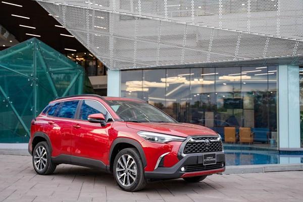 Toyota Corolla CROSS ra mắt thị trường Việt Nam: 3 phiên bản, giá từ 720 triệu đồng