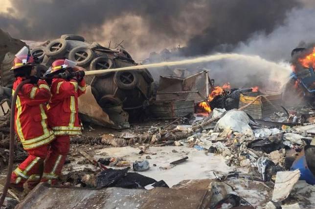 Vụ nổ Beirut: Hình ảnh mới nhất, đáng sợ về vụ nổ thảm họa mạnh ngang 240 tấn