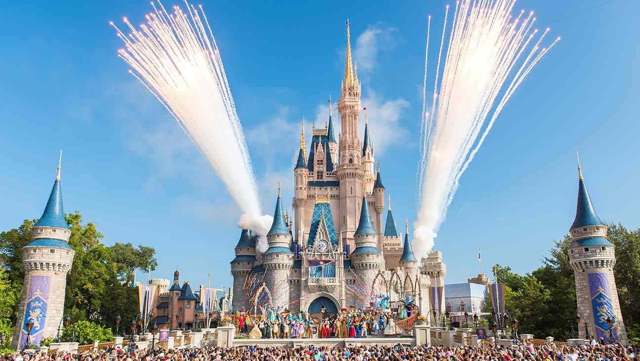 """Quý tài chính """"thảm họa"""" của Disney: Lỗ ròng 4,7 tỷ USD, hoạt động công viên giải trí âm 2 tỷ USD"""