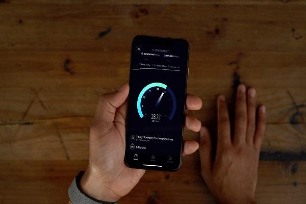 Vi phạm bằng sáng chế LTE, Apple phải bồi thường 506 triệu USD