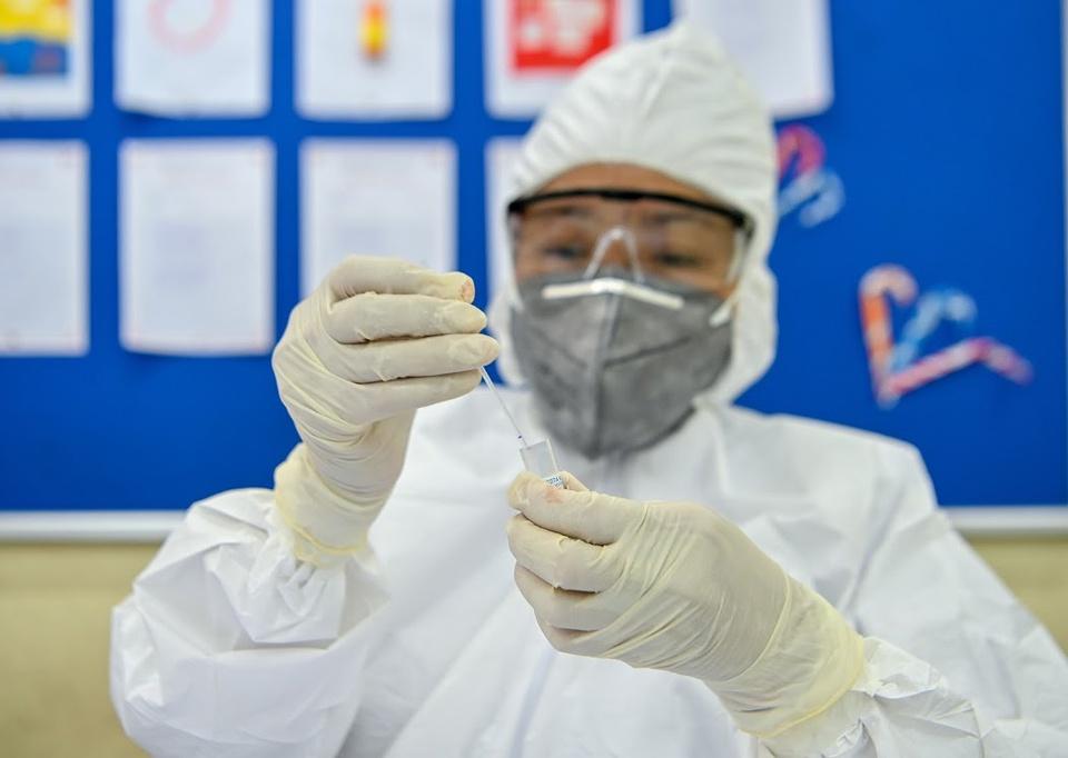 Thêm 14 ca mắc Covid-19, bệnh nhân ở Hà Nội chưa rõ nguồn lây