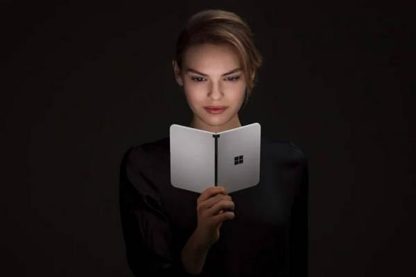 Cấu hình Surface Duo chính thức, bán từ ngày 10/9, giá 1399 USD