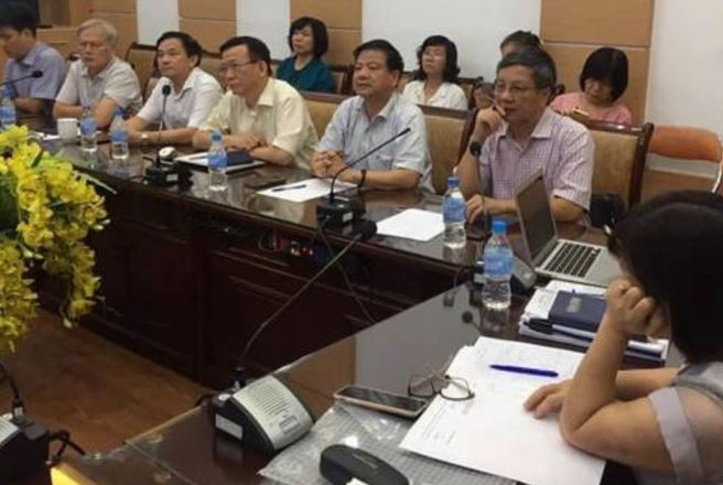 Ba giáo sư đầu ngành làm chuyên gia tư vấn cho Bộ trưởng Bộ Y tế phòng chống dịch COVID-19