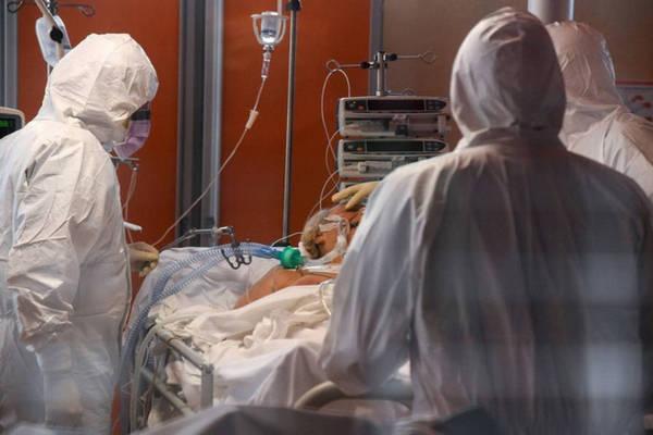 """Bệnh nhân Covid-19 chia sẻ về giây phút cận tử: """"Tôi như lún trong bùn, không thể nghe thấy gì"""""""
