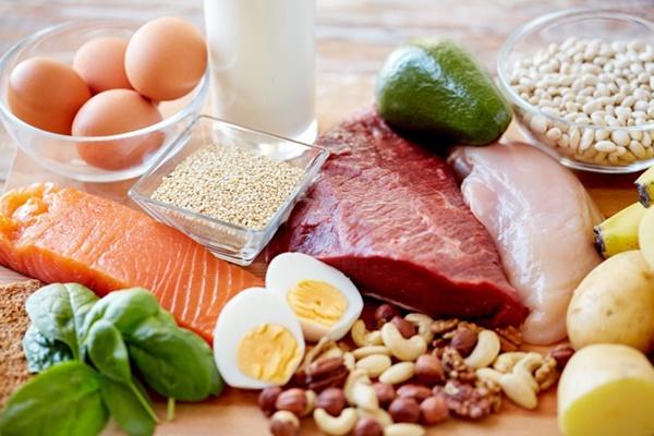 Để làm giảm nguy cơ bệnh tim mạch, hãy hạn chế ăn những thực phẩm này