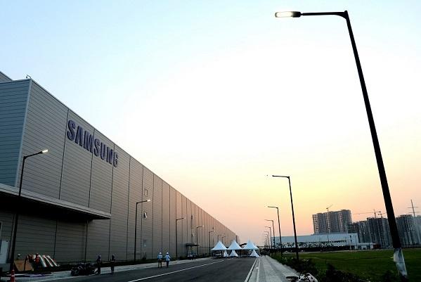 Samsung có thể sẽ chuyển hầu hết hoạt động sản xuất điện thoại thông minh tới Ấn Độ