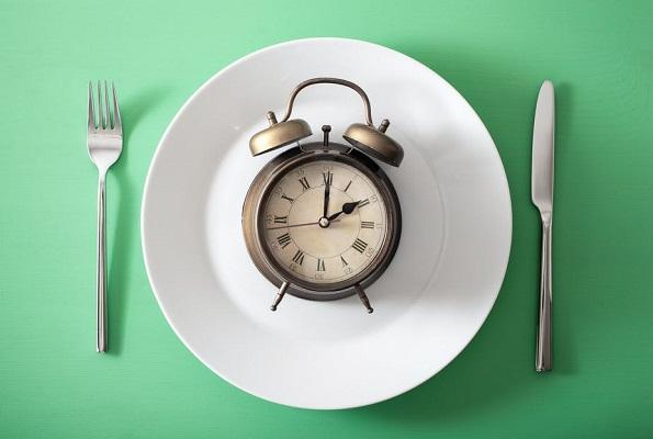 Thời điểm ăn uống có ảnh hưởng tới béo/ gầy thế nào?