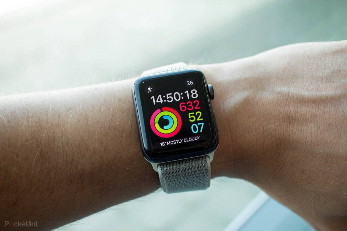 Apple sắp tung ra Apple Watch giá rẻ cùng một tay cầm chơi game của riêng mình