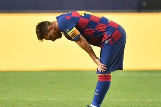 Messi và Barcelona: Chuyện tình đẹp như mơ của thế giới bóng đá đang tan vỡ thế nào?