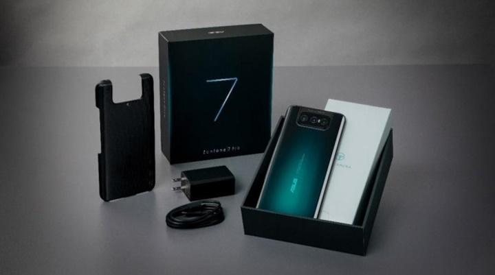 Asus Zenfone 7 và 7 Pro ra mắt: 3 camera lật, màn hình OLED 90 Hz