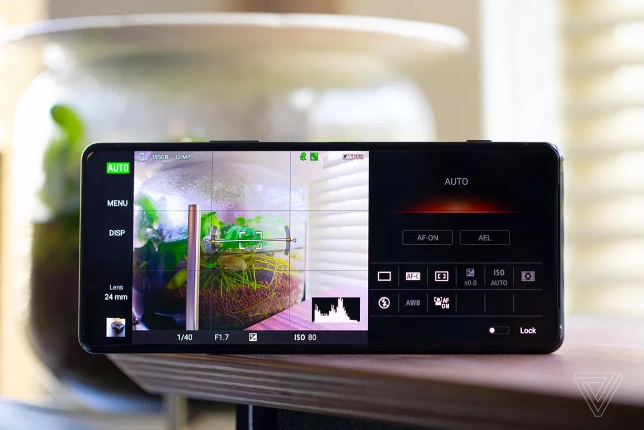 Sony bất ngờ bán ra Xperia 1 II và Xperia 10 II tại Việt Nam, giá từ 10 triệu đồng, nhận đặt trước từ 31/8