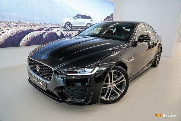 Jaguar XE 2020 ra mắt tại Việt Nam, giá từ 2,61 tỷ đồng