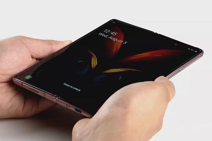 Samsung Electronics bắt tay Corning phát triển kính UTG của riêng mình cho smartphone gập