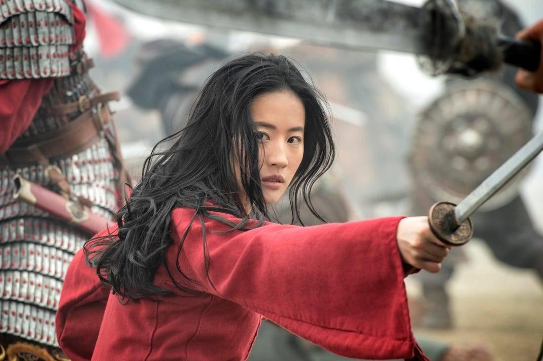 'Mulan': Lưu Diệc Phi dở tệ, siêu phẩm 200 triệu USD của Disney chỉ được đến thế thôi sao?