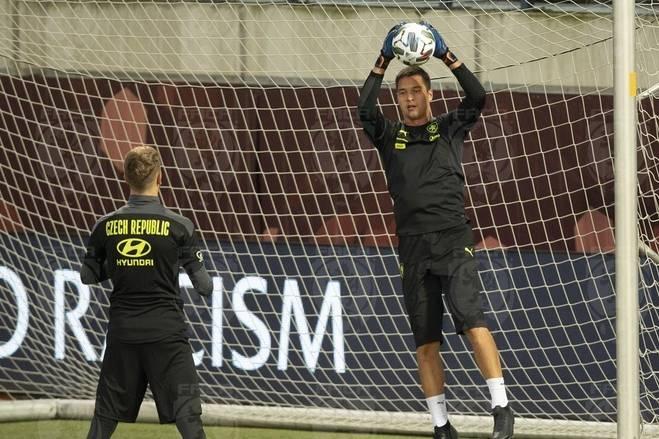 Ngồi dự bị trong trận thua của CH Séc, Filip Nguyễn có lẽ lại chờ khoác áo đội tuyển Việt Nam!