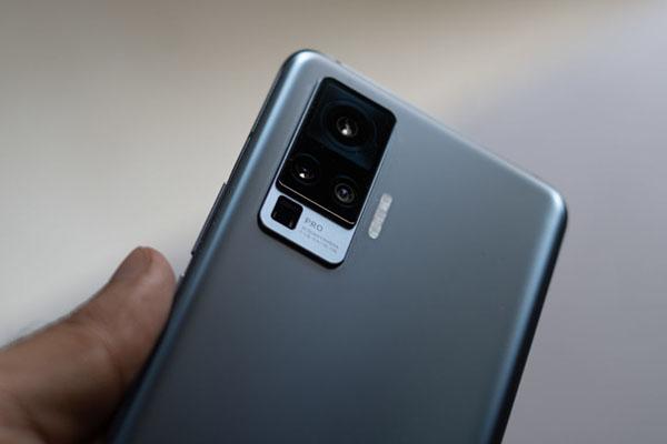 Vivo cho biết cảm biến camera mới sẽ có khả năng thu sáng tốt hơn 160%, chụp ảnh thiếu sáng đẹp hơn